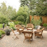 Mature lot garden design including patio design.