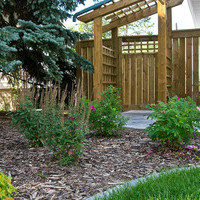 Mature lot garden design plan including garden pictures and flower garden ideas.
